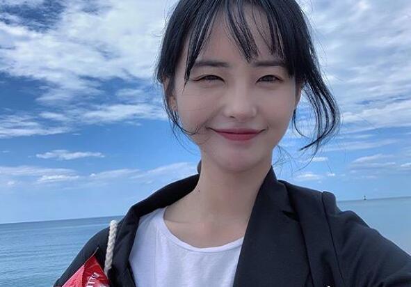 《偶像学校》出身宋慧仁自爆出柜 表示自己是双性恋者与女友热恋