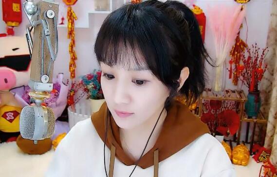 YY直播头部主播收入,阿哲周榜突破200万,菲儿散票高达60万