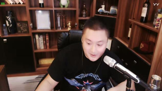 李先生回归开播,离婚八九不离十,表示以后不会说家事儿