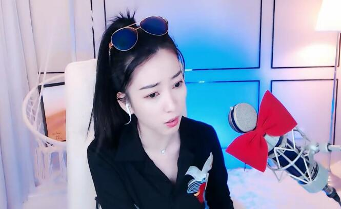 杨大爷回应红蝎子解约,公会给了她9个月资源,是991不让她去了