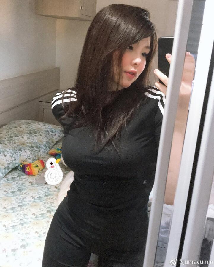 巴西女辅助Mayumi生活照写真,Mayumi微博福利生活照图片