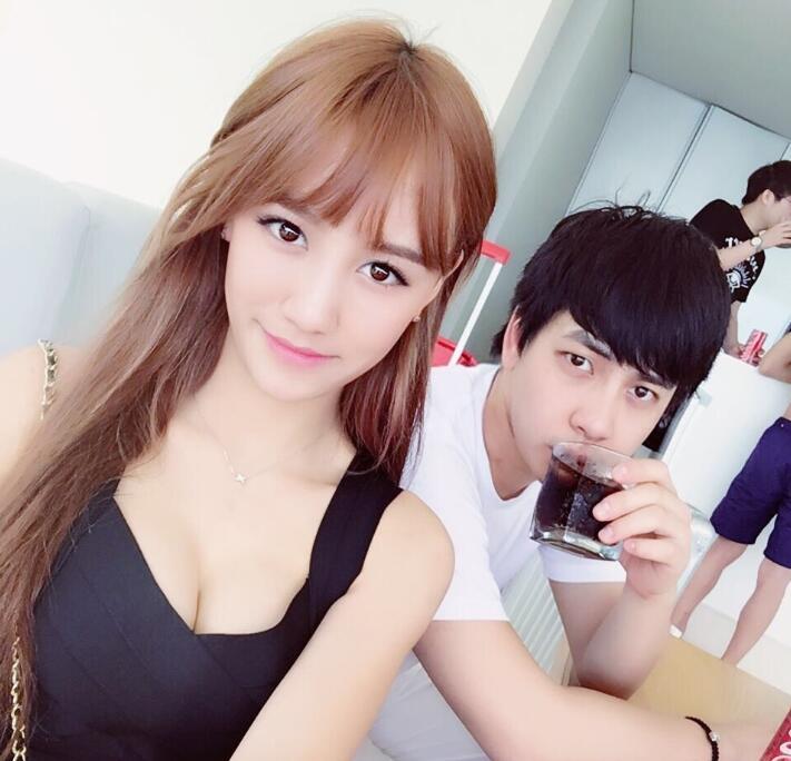 斗鱼南波儿与老公刘畅(翼风Efeng)离婚,100天就闪婚三个月怀孕生子