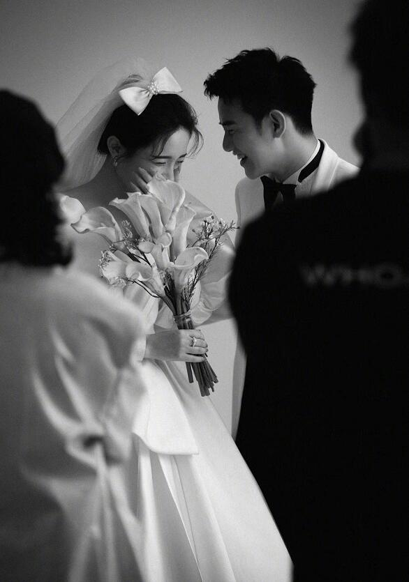 YY主播阿哲老婆照片,哲嫂孙姗姗个人写真生活照图片,阿哲婚纱照曝光