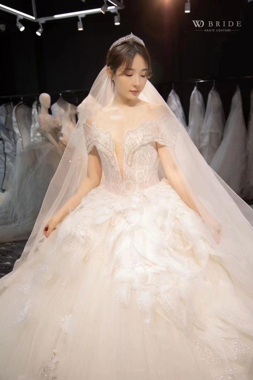 阿哲老婆婚纱照曝光,将在5月举办婚礼,哲嫂孙姗姗做过模特颜值真高