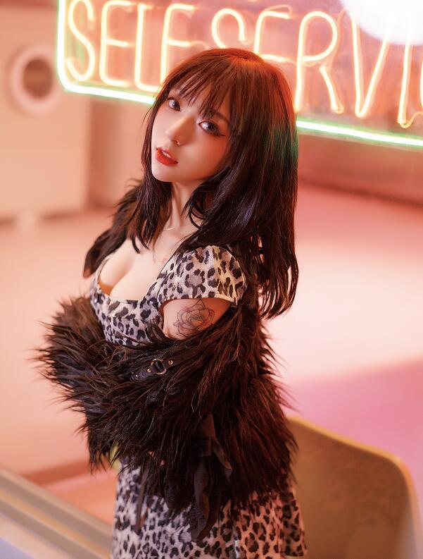 B站性感舞姬舞小喵福利写真,舞小喵福利舞蹈视频欣赏,最性感舞姬舞小喵图集