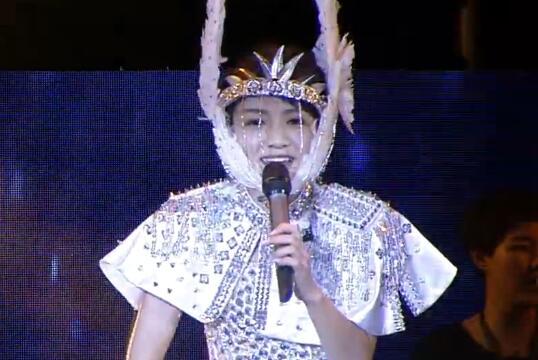 文儿演唱会,她倾尽家产为自己举办演唱会 12公分高跟鞋又唱又跳