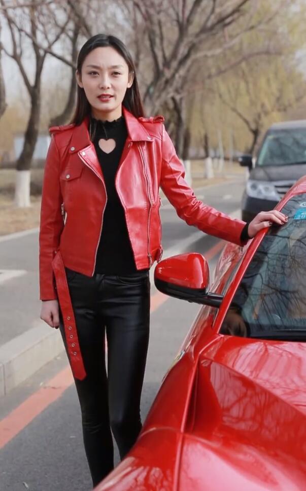 抖音玩车女神个人资料简介与宛如是同一人 玩车女神微博生活照图